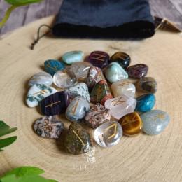 Руны скандинавские из камней Ассорти 1,5-2см