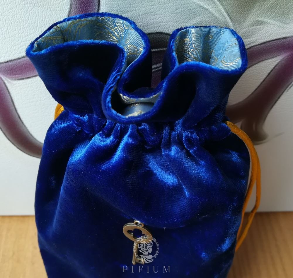Мешочек для карт Таро Синий бархат и голубое золото